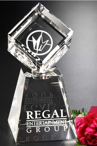 Crystal awards & trophies1