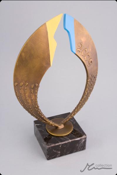 Golden Wings Statuette