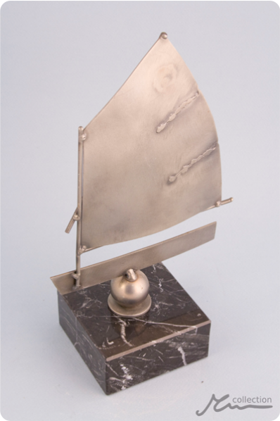 Little SailStatuette
